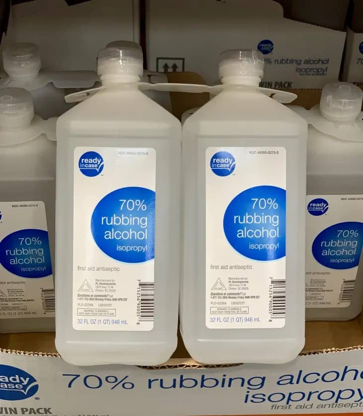 Are Isopropyl and Rubbing Alcohol the Same?